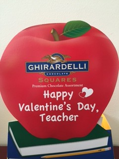 Valentines Day Gifts For Teachers Give Your Teacher This Apple Filled With Assorted Chocolates
